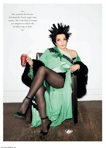 Liza Minnelli in green photo shoot, UK magazine Love 2011.jpg